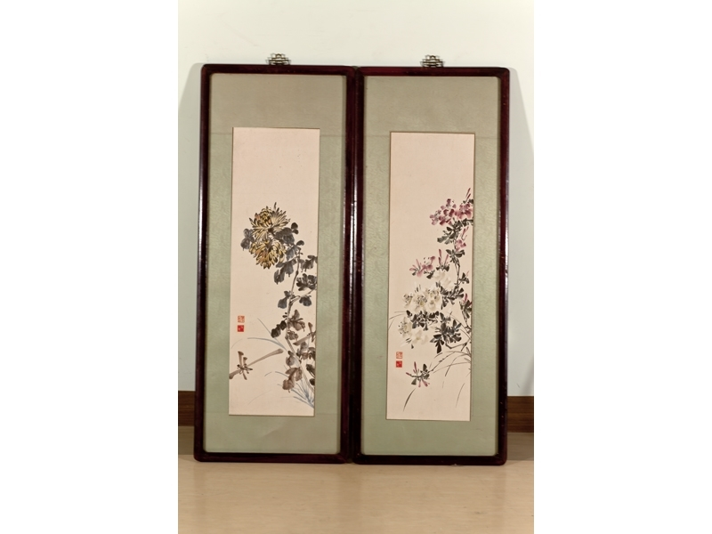 Sanmao's Paintings: 'Rhododendron'(Left); 'Chrysan