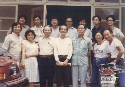 1982,大溪,文友們訪楊逵。