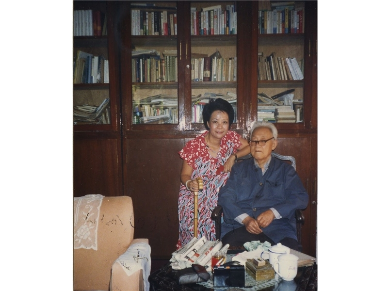 <p>◆ Short stories collection <em>Love Probing</em> published.</p> <p>&nbsp;</p> <p>(note:Photograph provided by Shih Shu-ching; Photograph taken with Li Yao-tang, pen name Ba Jin, at his Shanghai residence (1986))</p>