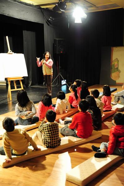 台灣兒童圖畫書100 說故事-黃美寧