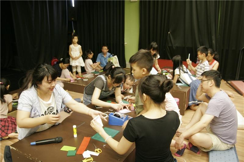 2017.05.13-母親節親子DIY活動-講師:Ruth露絲老師