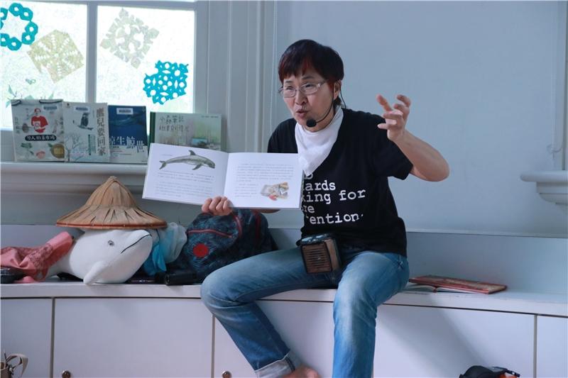 2018.04.04-自然繪本《小森筆記》說故事活動-講師安娜姐姐